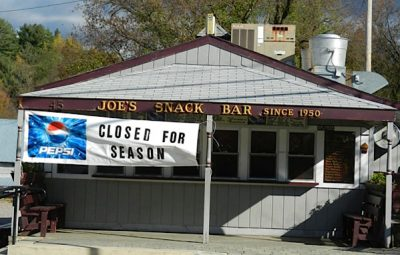joe's-snack-bar-closed-photo